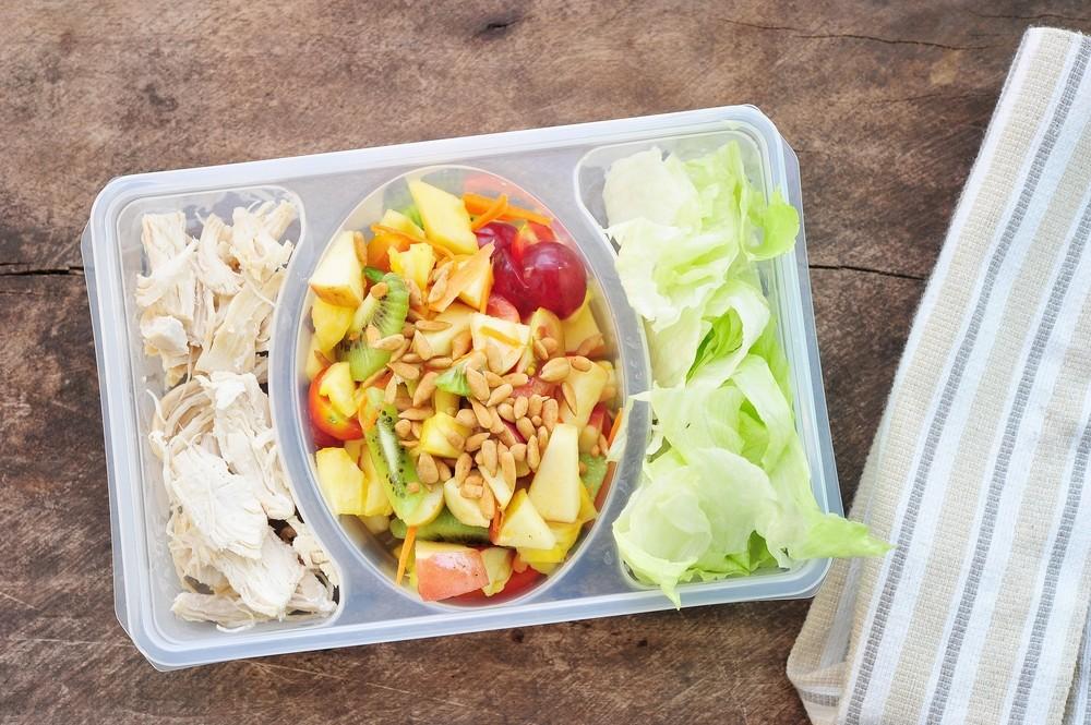 Ниже приведено 10 полезных и очень вкусных рецептов обедов, которые ты можешь взять с собой на работу.