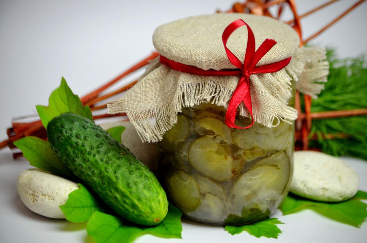 Nezhinsky salad: a recipe. Canning. Blanks for winter 12