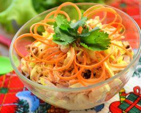 Füme tavuk göğsü ile Irina salatası için adım adım tarifi